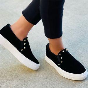 Black pyramid stud slip-on Sneakers